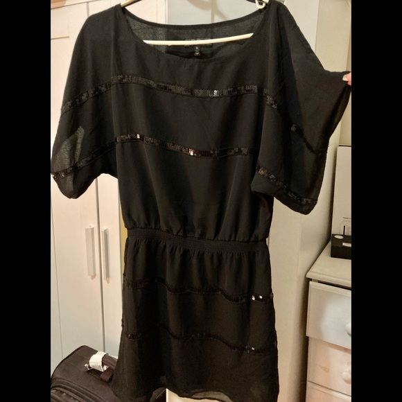 Jessica Simpson black minidress w/sequin detail